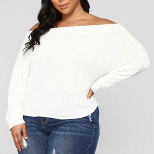 White, off shoulder shirt Size 1X